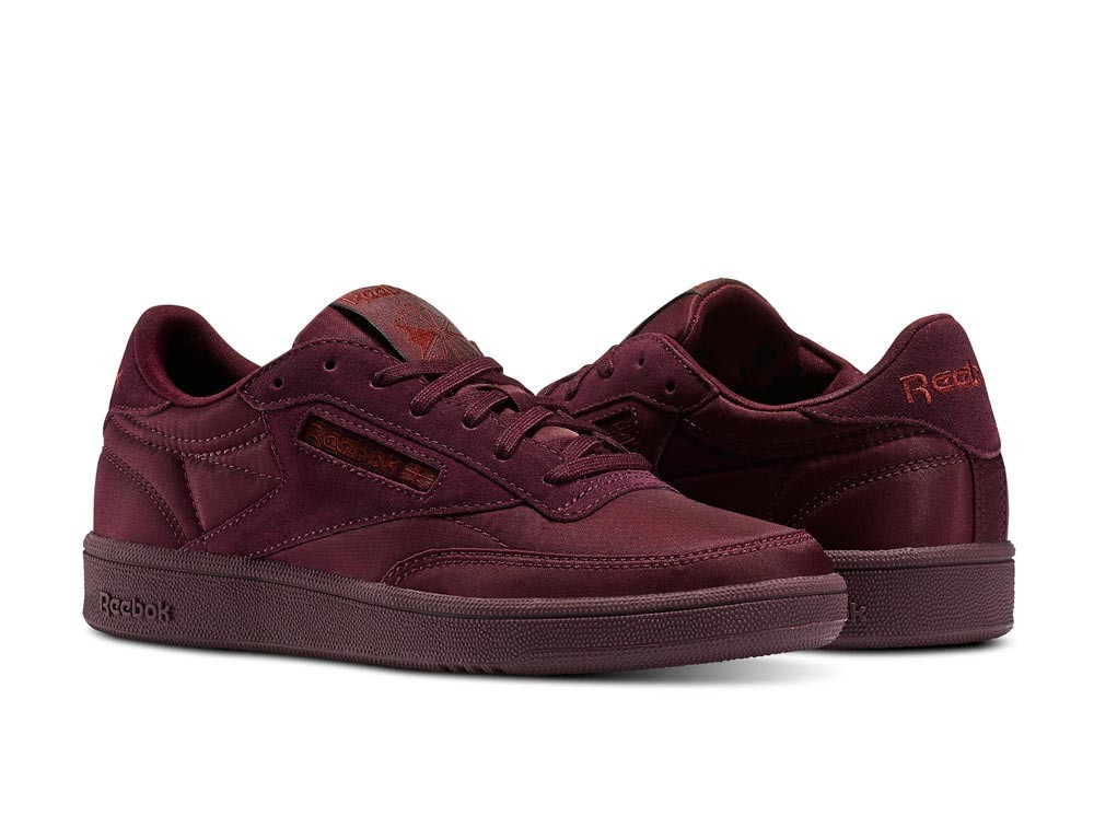 Ropa Urbana y Skate. Tienda Adidas Grimey Reebok 3270f587531